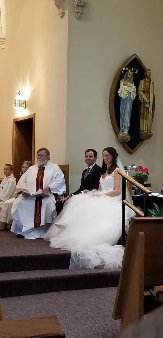Priest, Luke, Annie